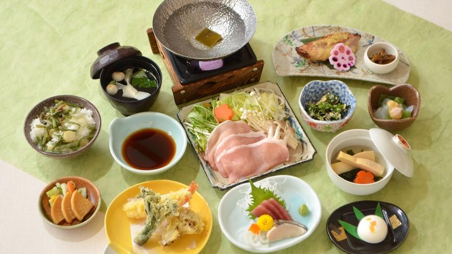 *【春のAコース 一例】旬の山菜ご飯やたけのこなど春の味覚をお楽しみください。