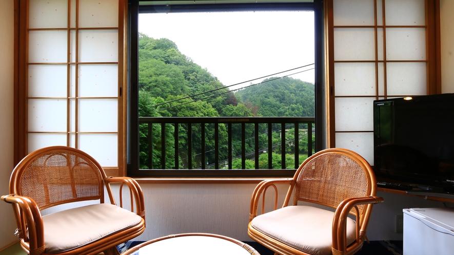 和室7.5畳【桃】新緑も楽しめます