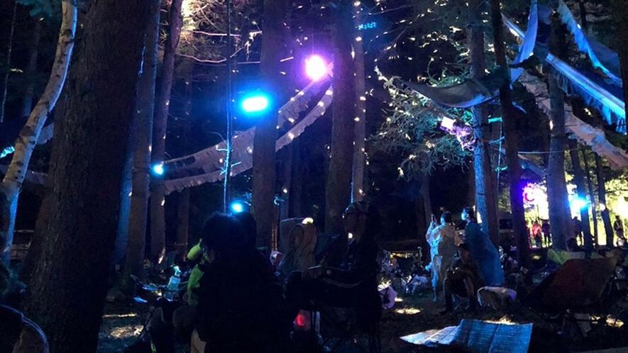 *【FUJI音楽FES】夜通し行われるステージ。昼とはまた違った魅力です。