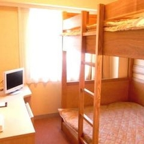 【2段ベッドルーム】サイズ:103cm×195cm