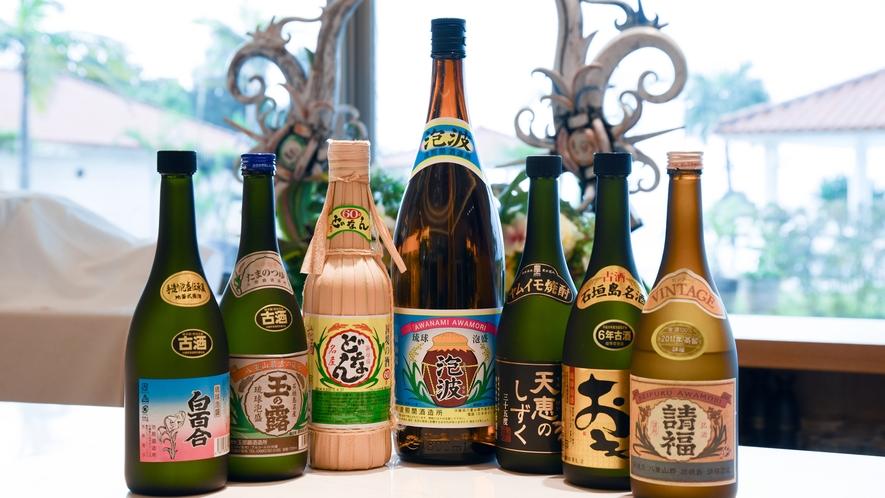 *バー/泡盛や石垣島の名酒などを取り揃えております。