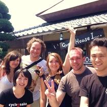 出発前に記念撮影!日本を楽しんでねー!行ってらっしゃい!!