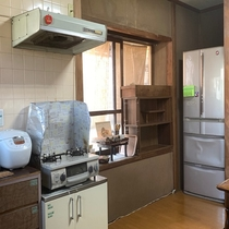 ゲストさん用の冷蔵庫ご使用できます。