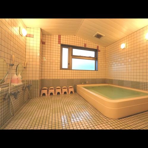 《男性浴室》ミネラル鉱泉で疲れた体をお癒やし下さい♪