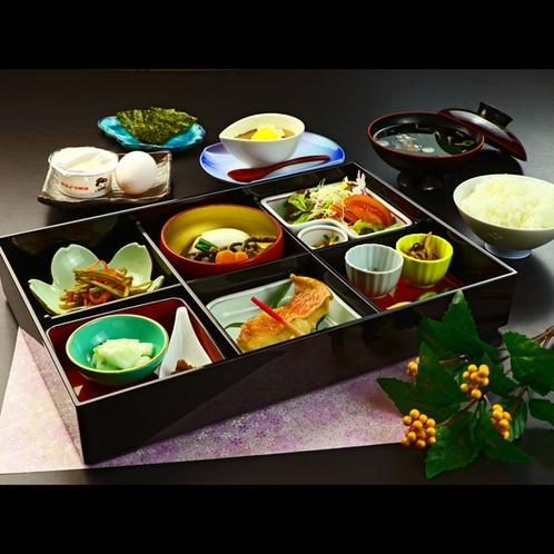 【朝食】心温まるほっこり和朝食 (5)