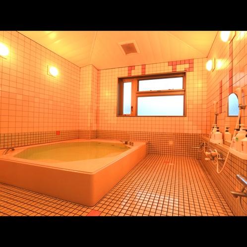 《女性浴室》ミネラル鉱泉は美容にも効果的です☆