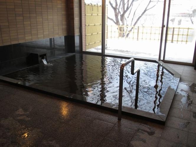 源泉かけ流し大浴場