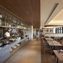 【SURIYUN】沖縄郷土料理から日本料理、国際色豊かなお料理をビュッフェスタイルでご堪能ください。