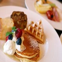 【SURIYUN】沖縄ならではの黒糖を使ったフレンチトーストは絶品です。