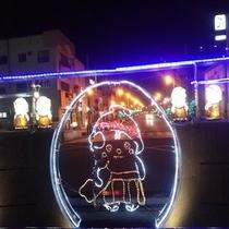 佐野駅前 冬期間限定 ファンタジーなイルメネーションが出迎えます♪