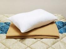 フロント貸出品【毛布・枕】