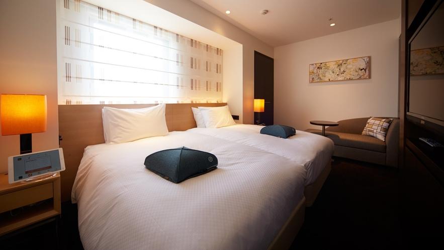 リフレッシュツイン/2人掛けのソファと2台のベッドでゆったり滞在いただけます