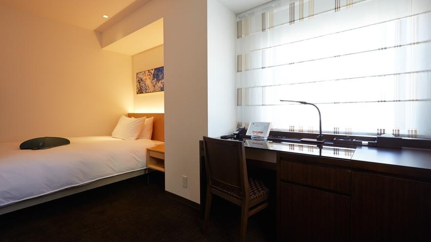 フォルツァシングル/120cm幅のセミダブルベッドを備えたお部屋です