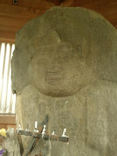 弥勒の石仏