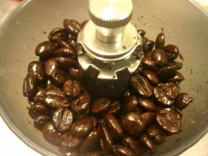 コーヒー豆〜深煎りを使ってます