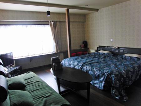 2号館特別室(2ベッド1ソファベッド)トイレ付川側