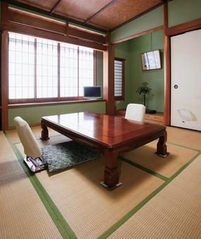 竹:ウォシュレットトイレ付8畳和室
