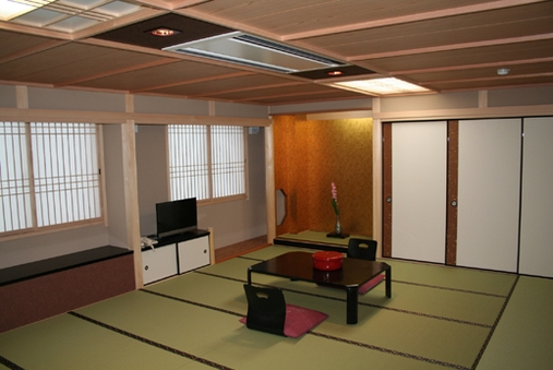 『純和造特別室』6〜10名様【バス・トイレ付き/禁煙】