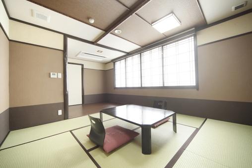『和室』3〜4名様【バス・トイレ付き/禁煙】