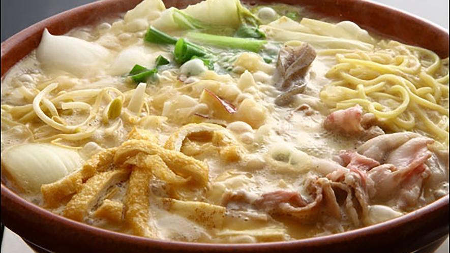 *【ピリ辛味噌鍋】ピリッとした辛さと味噌の甘さと旨味が口のなかに広がる「ピリ辛味噌鍋」♪