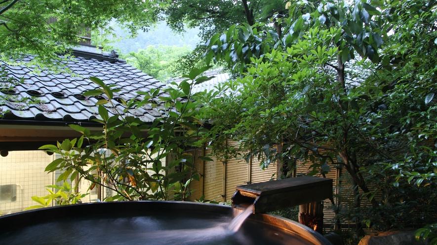*【夕暮れ時の露天風呂】お風呂と澄んだ空気にリラックス…☆
