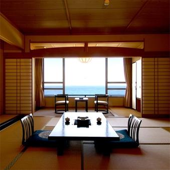 【オーシャンビュー】12.5畳和室 (お部屋でのお食事)