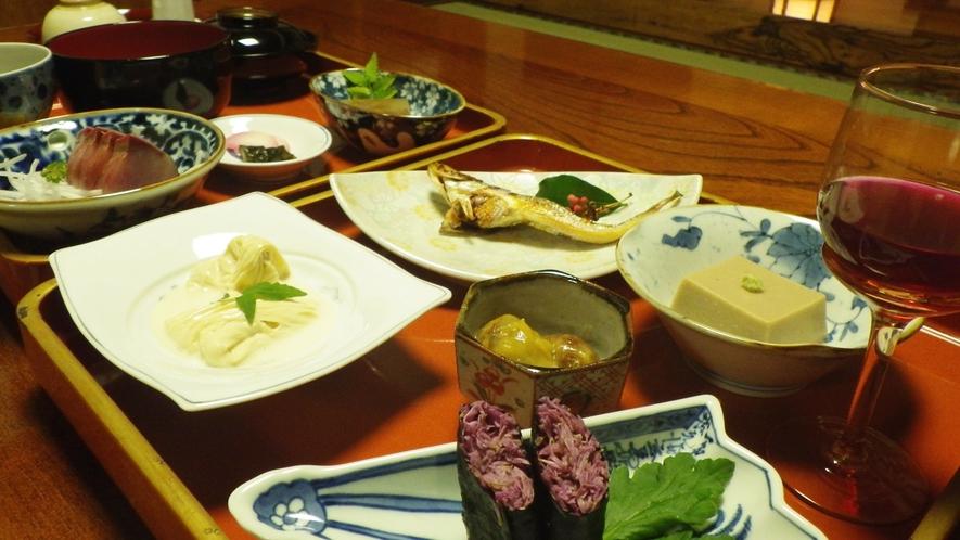 *【夕食例】盛り付けにもこだわったお食事…この機会にご賞味下さい。