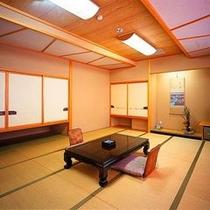 【お部屋】和室二間ルーム(8畳+10畳)〜ご家族やグループのお客様に最適。様々なご用途にご利用下さい