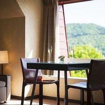 【上層階のお部屋から眺められる蔵王の山景】美しく豊かな自然をたっぷりとご覧下さい