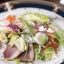 【ご夕食】自家製ハーブ入り洋食コースディナー~ホテル専属ハーブコーディネーターがプロデュース