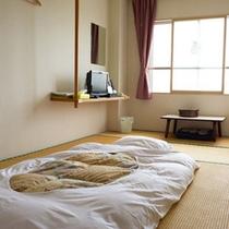 *【和室(一例)】畳のお部屋でのんびりお寛ぎ下さい。