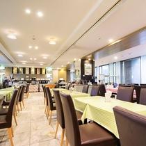 ■1Fレストラン「パティオ」店内