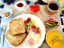 手づくり朝食の一例(洋食)