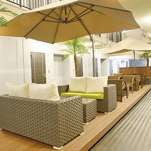 【ホテル内施設】3階オープンスペース【喫煙所としてもご利用頂けます。】