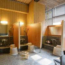 【ホテル内施設】大浴場のシャワー