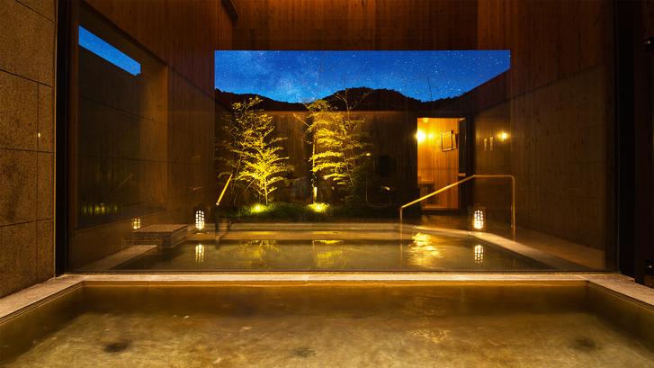 ■貸切風呂■山荘の風景広大な星空を眺めながら心休まるひとときをごゆっくりとお過ごし下さいませ
