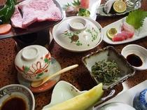 湯布院の素材をふんだんに使った新鮮な野菜や山菜、和牛のくわ焼き、近海の魚を用いたお料理 (イメージ)