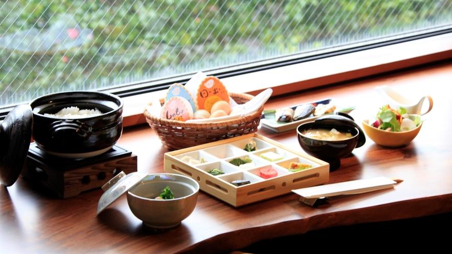 【ご朝食】炊き立てのご飯を引き立てる副菜(一例)