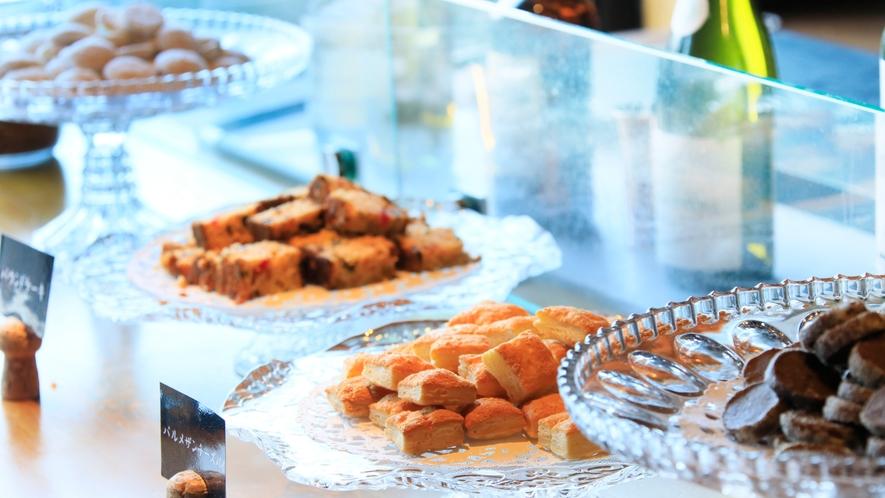 【ウェルカムサービス】[14:30-16:30]お菓子やドリンクをご用意(一例)