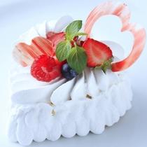 グループ店〈カフェ・ド・天翠〉より、オリジナルアニバーサリーケーキをお届けいたします