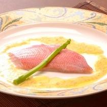 【夕食】魚料理は日替わりで