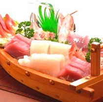 【夕食】伊豆と言えば,やっぱり地魚の刺身でしょ
