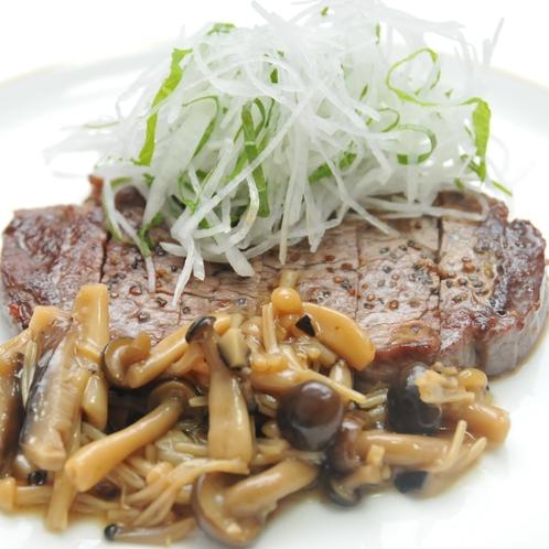 国産牛ヒレ肉のステーキ