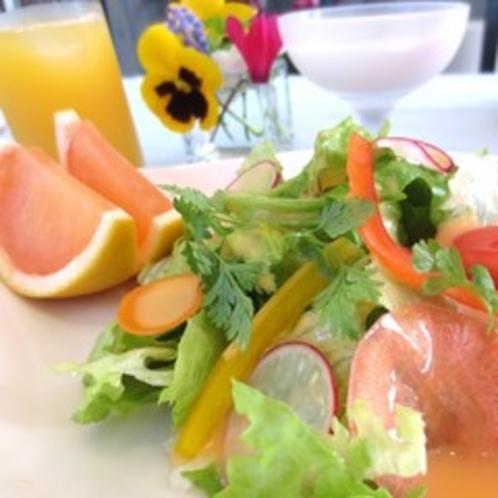 ■ 朝食 温泉レタス