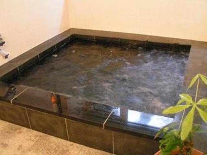 オーナー手造りお風呂