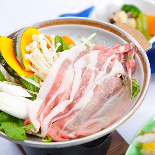 [夕食 豚肉の陶板焼き]