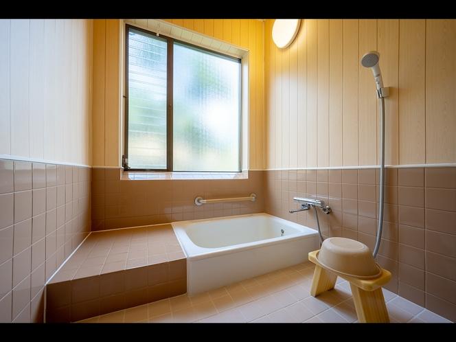 【和室10畳バストイレ付き】