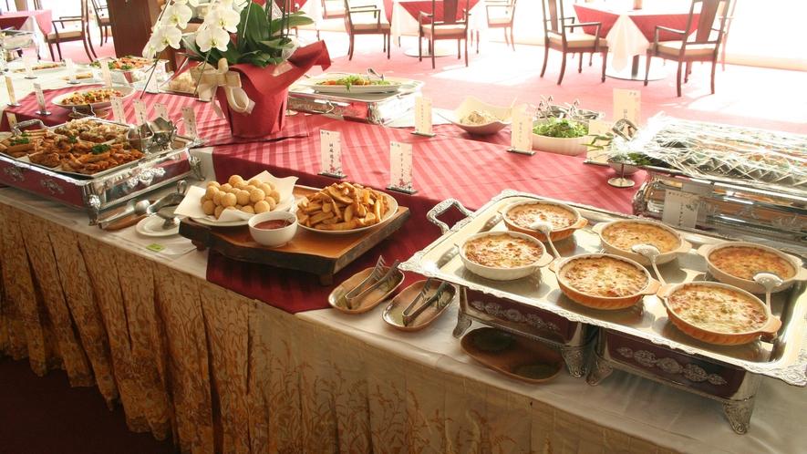 *【卓盛りお料理一例】団体様向けにバイキング形式のお食事もご用意できます