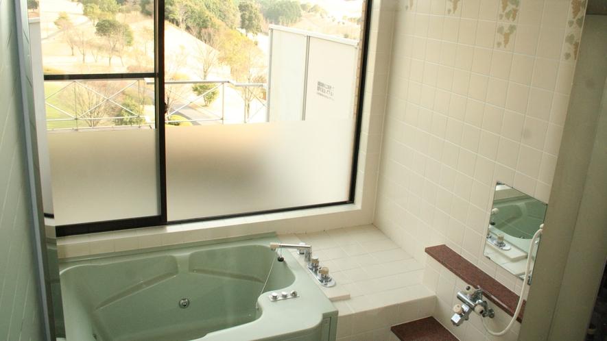 *【客室バスルーム一例】ゆったりと浸かって疲れを癒してください