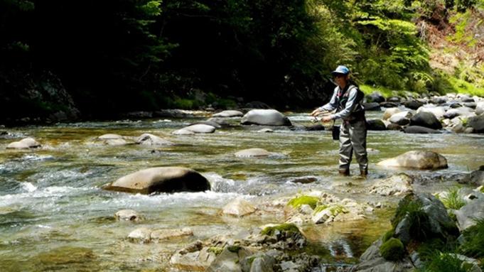 【巡るたび、出会う旅。東北】【釣り人応援!】早朝からの釣りでも大丈夫!朝食はお弁当で♪釣り券付